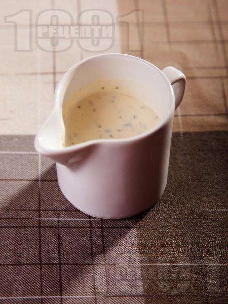 Млечен сос с хрян и мед (без майонеза) за месо, риба и зеленчуци - снимка на рецептата